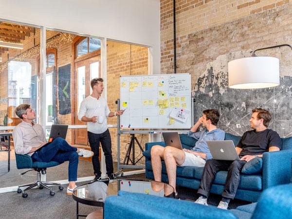 Comunicación horizontal en una empresa